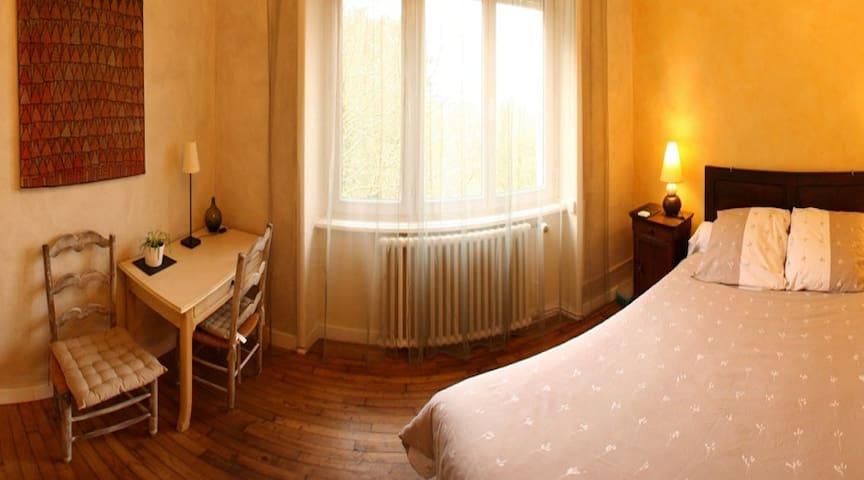 LOARGANN B&B Room Suite (up to 3) - Plogastel-Saint-Germain - Bed & Breakfast