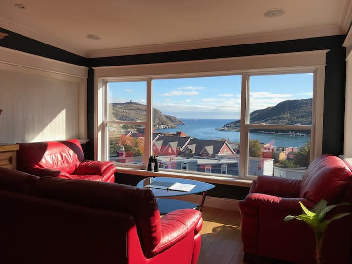 Penthouse Suite with Amazing View of St. John's