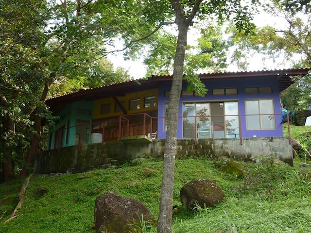 Peaceful View Mountain Retreat - Altos del Maria - Casa