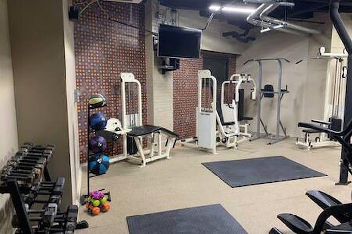 Modern Loft w/ View