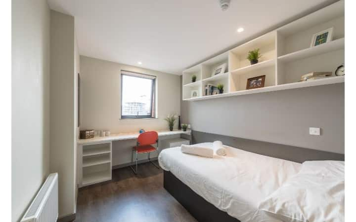 Modern Student Only Rooms nr St Pancras