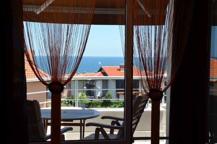 "Sea View Apartment 2-room ""AFRIKA"""