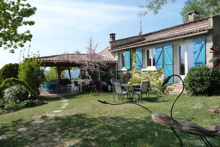 Chambre dans Maison Bleue - Pierrevert - 住宿加早餐