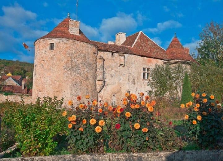 Château Médiéval pour 8 à 15 personnes