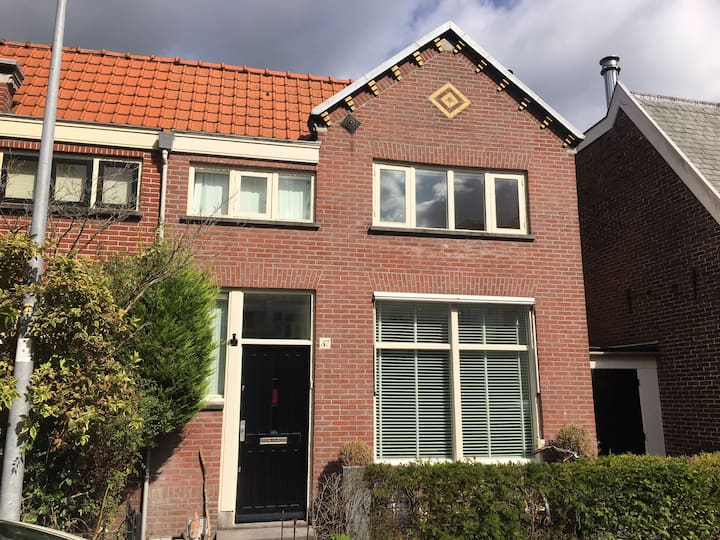 Monumental house close to the beach and Amsterdam