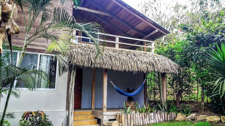 Olón 1 Bedroom house with huge loft