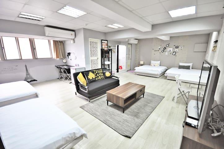 超值優惠  雙衛浴,大坪數 4-12人 TAIPEI MAIN STATION 提前預約免費停車位