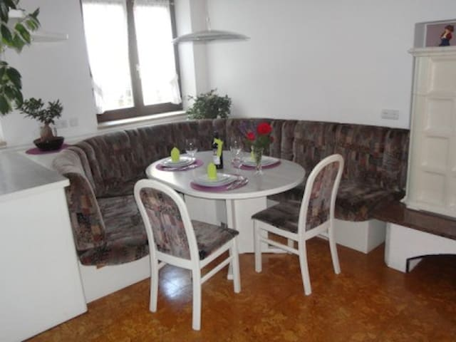 Schöne Wohnung, ruhige Lage für 4 Personen - Oberdrauburg - Leilighet