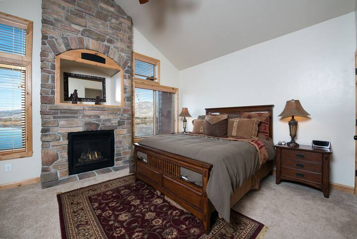 Perfect Huntsville, Ut Lodging - 1 Bedroom Luxury Condo Rental near Pineview
