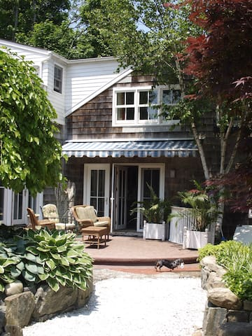 2 Bedroom Lux Suite in Sag Harbor