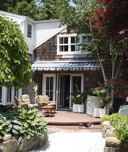 2 Bedroom separate Lux Suite in Sag Harbor home