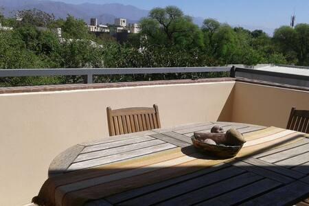 Departamento con terraza y vista - Mendoza