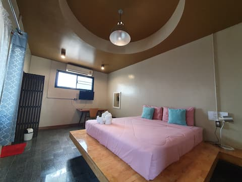 Chorfar Garden Guest House Free pick up from bus