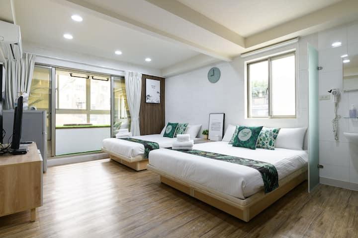 全新特價 Wood Home - Ximen MRT 捷運西門站(2-4人)@台北西門町