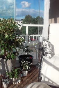 Peaceful room close to the city - Nacka