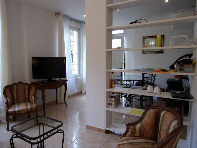 Top' Meublés Duplex 2 bedrooms   - Pont-Sainte-Maxence