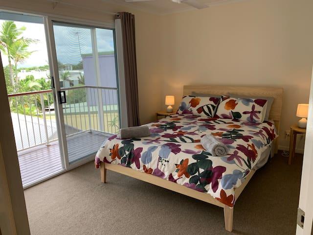 Main bedroom-Queen size bed.
