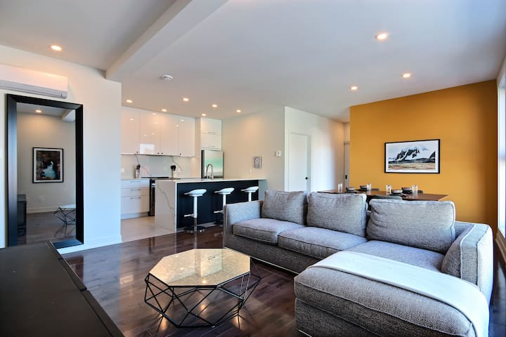 South West Large & Stylish 2 Bedrooms