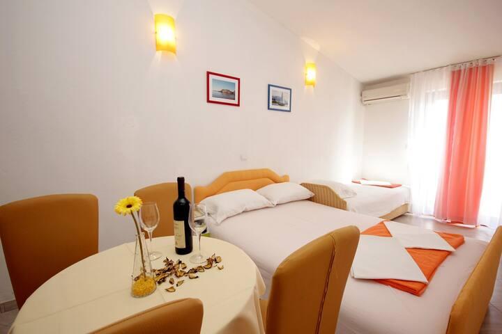 3-Bed Apartment #1 - Petrovac - Apartemen