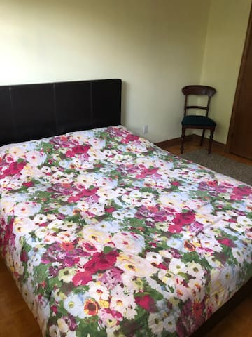 Queen Private room in Vaughan