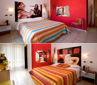 DOUBLE ROOM - B&B - VILLA CESARE - Alba Adriatica