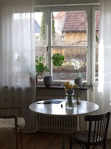 Cosy apartment in calm neighborhood - Stockholm - Apartemen