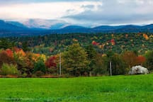 Nearby hiking for these beautiful Fall Views!