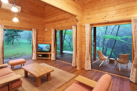 High quality Big log cabin in villa area with spa