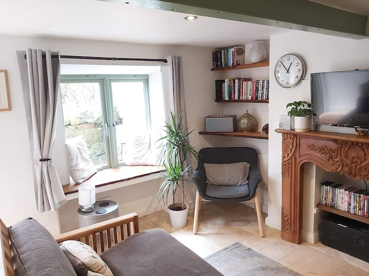 The Garden Apartment - cosy cottage space