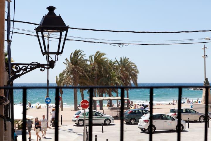 Vistas al mar en el casco antiguo - La Vila Joiosa/Villajoyosa - Apartment