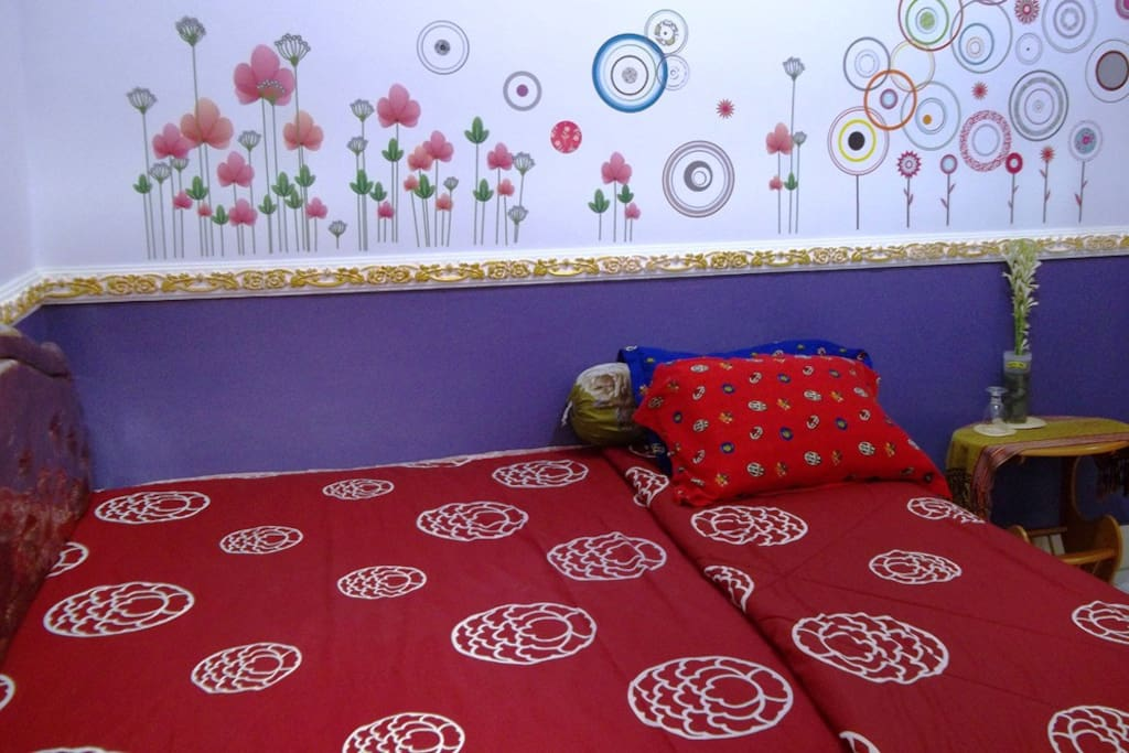 Private Rooms for Backpackers