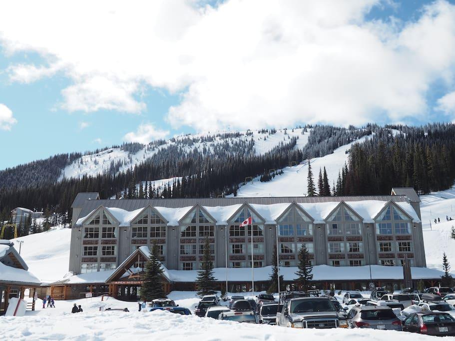 Apex Mountain Inn