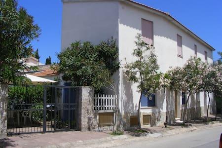 Via Matteotti - Delfino - Valledoria - อพาร์ทเมนท์