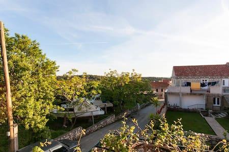 Lovely peaceful village home near Dubrovnik - Čilipi - Lakás