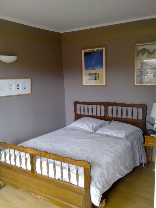 Chambre sdb dans maison de charme houses for rent in for Chambre de charme france