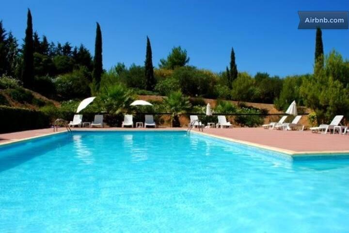 2 Bedroom Villa with pool in Agde - Agde - Villa