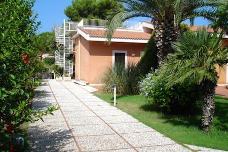 Pozzillina - Punta Raisi - Villa
