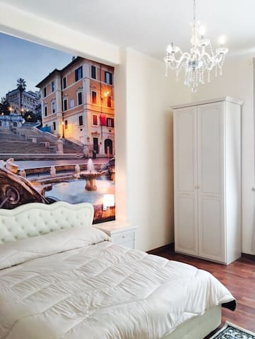 Room Piazza Spagna Private Bathroom