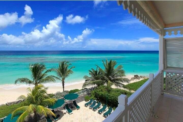 Coral Sands Ocean Front Studio
