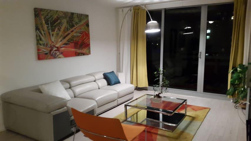 Apt. de 2 chambres Tres agreable; Vue baie - Miami Beach