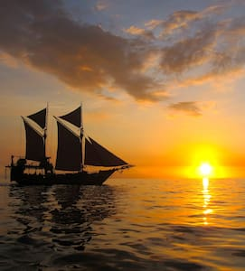 CRUISE  ON A TRADITIONAL INDONESIAN SHIP - Pemenang - Boot