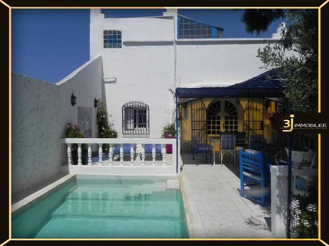 Villa  bleue avec piscine  jardin privé Oualidia