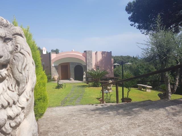 Appartamento in villa Ischia