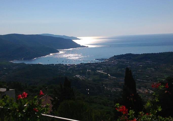 Holiday house Island of Elba - San Piero In Campo - บ้าน