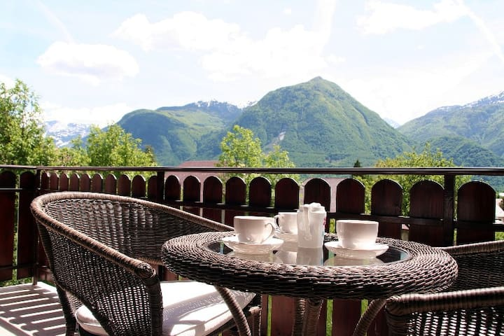 Casa Alpina apt.Great mountain view - Bovec - Appartement