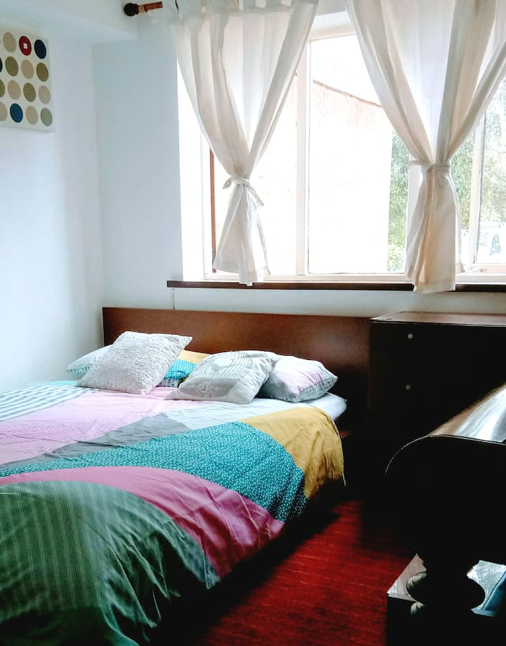 Lovely Double Room , free parking