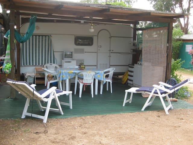 In Sardegna da noi 2 - Capo Coda Cavallo - Wohnwagen/Wohnmobil