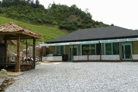 푸른숲민박 A room - Jeongseon-gun