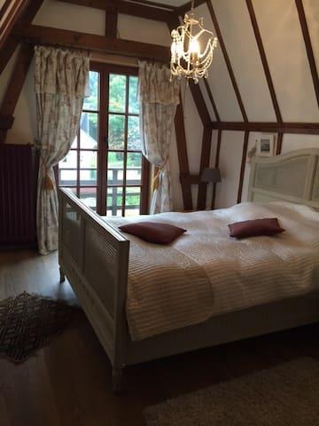 charmante chambre à louer - Overijse - Casa