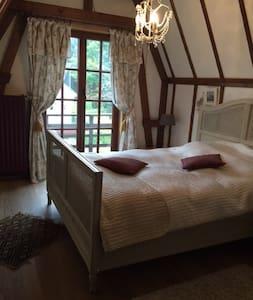 charmante chambre à louer - Overijse - Haus